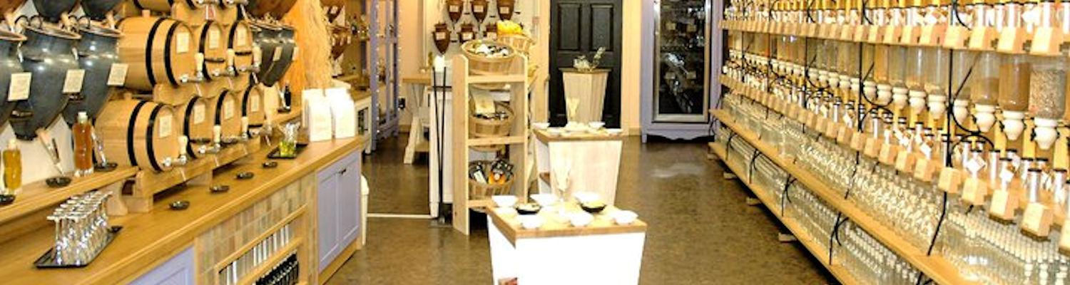 Custom retail store displays & fixtures